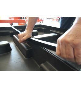Positioning the joiner strip