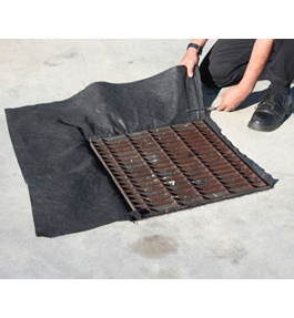 Stormwater drain pillow with oil absorbent pillow